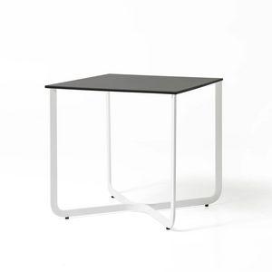 XS, Kleiner Tisch in Metallrohr, für Hotel und Arztpraxis