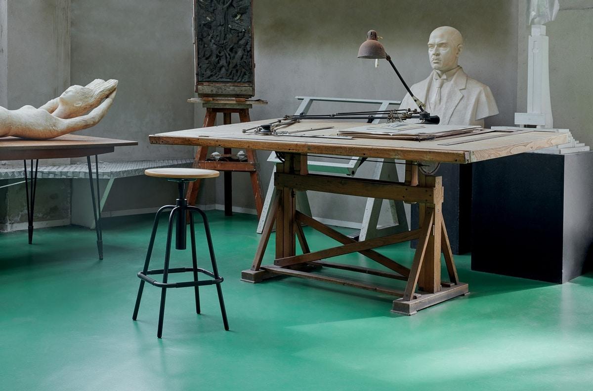 Mea Wood 05, Hocker mit runder Sitzfläche aus Holz
