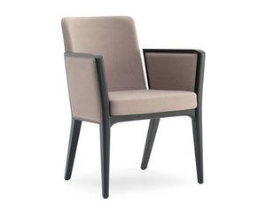 Cora-P, Gepolsterter Sessel, der für moderne Unterkunftseinrichtungen geeignet ist