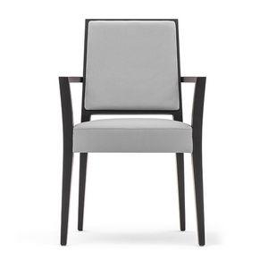 Timberly 01724, Stapelbare Sessel mit Armlehnen, Gestell aus Massivholz, Sitz und Rücken gepolstert, abnehmbarer Stoffsitz, für die Gaststätten