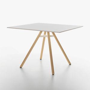 Mart mod. 9843-01, Tisch mit quadratischer Platte aus HPL