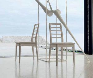 C-646, Nüchterner und eleganter Stuhl