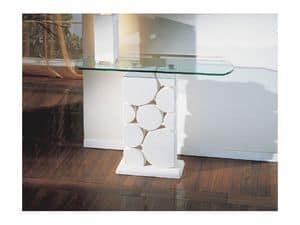 Sfera, Tisch mit geschnitzten weißen Steinsäule