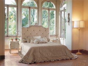 Art. 1130, Gepolstertes Bett mit klassischem Design
