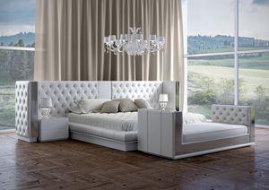 Impero Bett, Bett mit luxuriösem, büscheligem Kopfteil