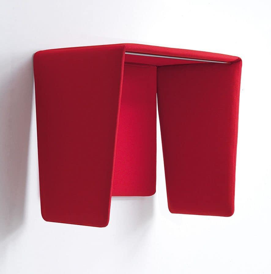 Cocker, Telefonzelle in schalldämpfenden Polyesterschaumstoff