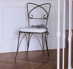 Kelly, Stuhl aus Eisen mit abnehmbarem Kissen