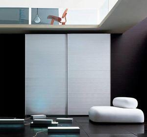 ALLUMINIO comp.01, Kleiderschrank mit 2 Türen aus Aluminium abgedeckt, für Schlafzimmer