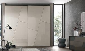 Kross, Kleiderschrank mit geometrischen Dekorationstüren