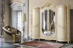 Madame Royale Kleiderschrank, Kleiderschrank im klassischen Stil mit geschwungenen Formen