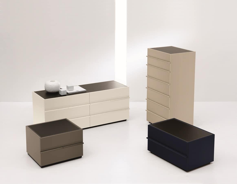 AKI dresser, 7-Schubladenelement in geradliniges Design, für Schlafzimmer