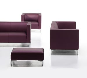 Argo Light 02 03, Gepolstertes Sofa für Büro, verchromte Stahlfüße
