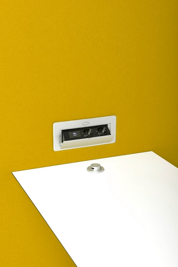 Circuit Multimedia Box, Office-Teiler