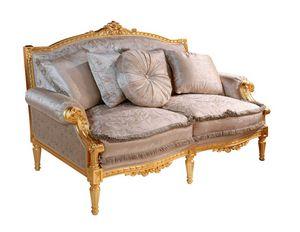 Art. 390/2, Klassisches Sofa, geschnitzt