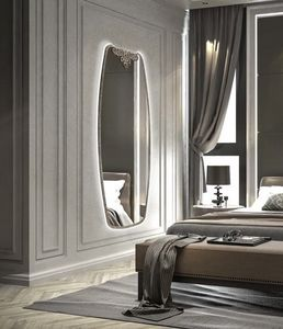 AN 724 C, Vertikaler Spiegel mit Dekoration