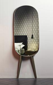 ANJA, Ovaler Spiegel, mit Beinen
