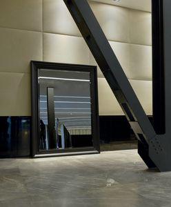 Cesar 248, Spiegel mit Holzrahmen