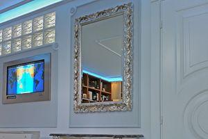 Salice Spiegel, Fein dekorierter Spiegel, heller Barockstil