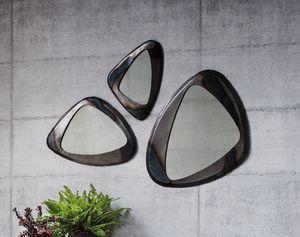 Terno, Spiegel mit Metallrahmen