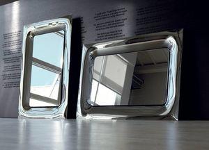 Uma 388, Elegante Spiegel