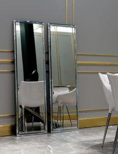 Yo 302, Spiegel mit abgerundetem Rahmen
