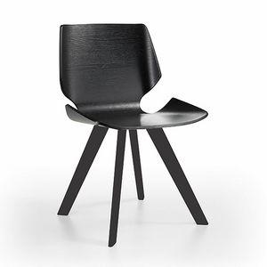 Linz-K, Holzstuhl mit raffiniertem Sitz und R�ckenlehne