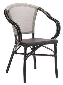 PL 422, Stapelbarer Gartenstuhl mit geschwungenen Armlehnen