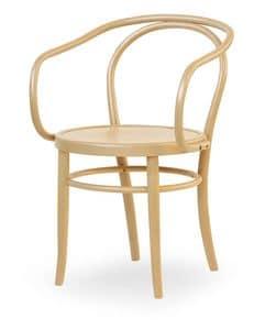 08, Sessel aus Holz mit Sitz aus Zuckerrohr