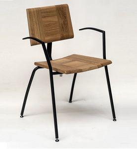 EAGLE B05, Stapelbarer Stuhl mit Armlehnen