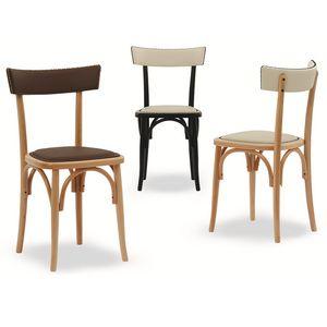 Milano Borchie, Holzstuhl mit dekorativen Nieten