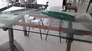 Tracks, Auslauftisch, mit ausziehbarer transparenter Glasplatte