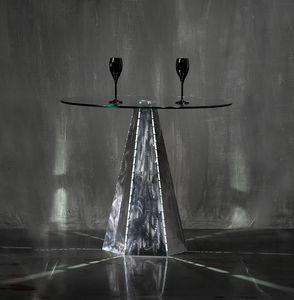 Blade Runner Zinc, Tischfuß mit sechseckiger Form