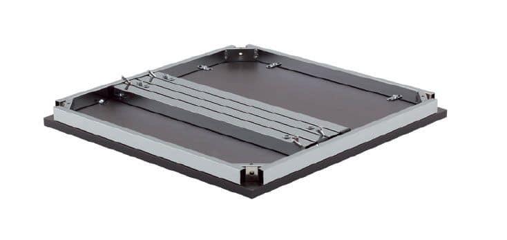 FT 040, Abnehmbarer Tisch, in Metall und Holz, für Erfrischungen