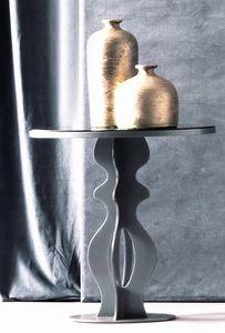 Jasper Art. 163, Beistelltisch aus Eisen mit Rauchglasplatte