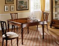 D'Este Tisch, Ausziehtisch im klassischen Stil, handgefertigte Schnitzereien